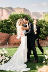 sedona-wedding-10_GRETCHEN-WAKEMAN-PHOTOGRAPHY.jpg