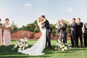 sedona-wedding-11_GRETCHEN-WAKEMAN-PHOTOGRAPHY.jpg