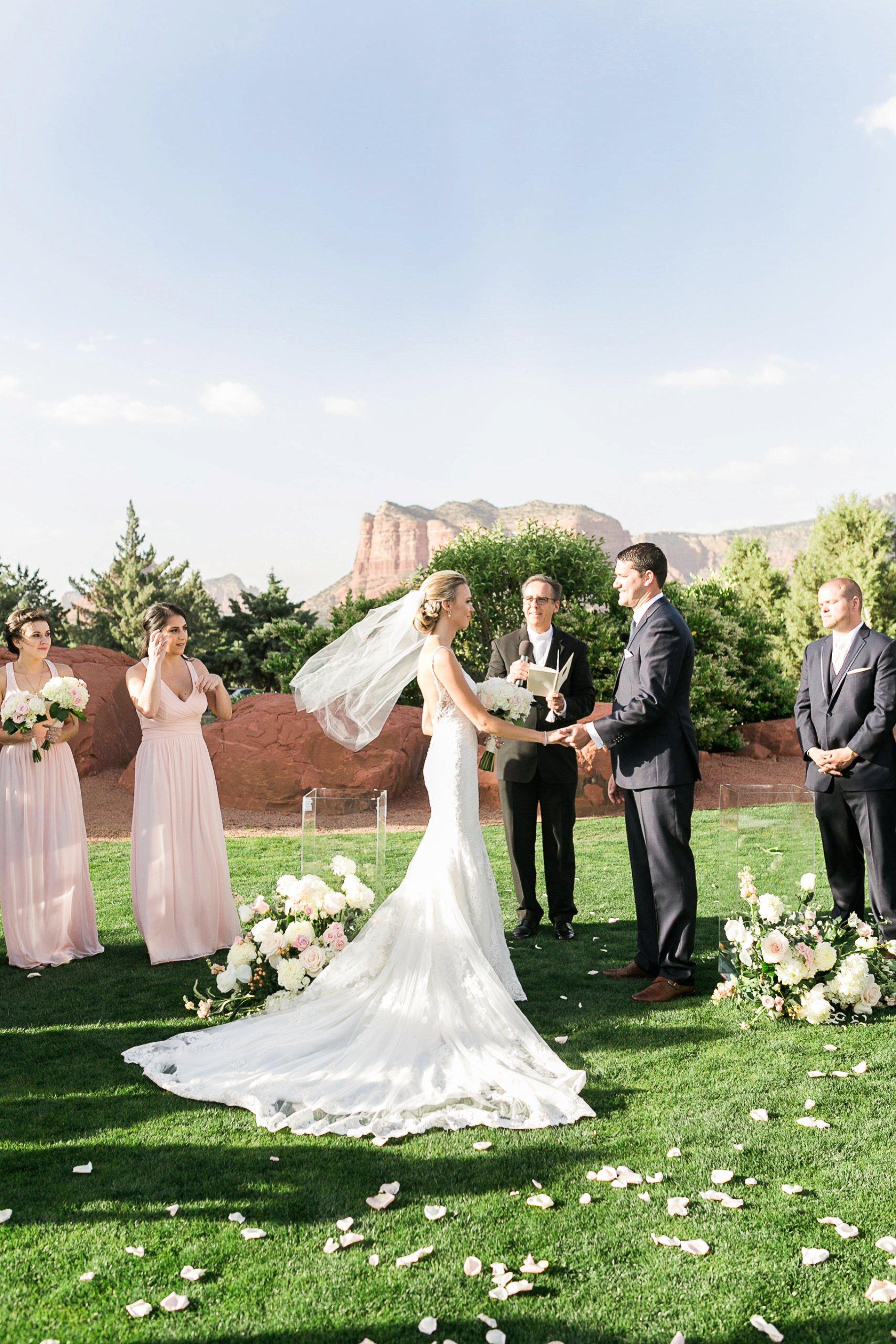 sedona wedding-74_GRETCHEN WAKEMAN PHOTOGRAPHY.jpg