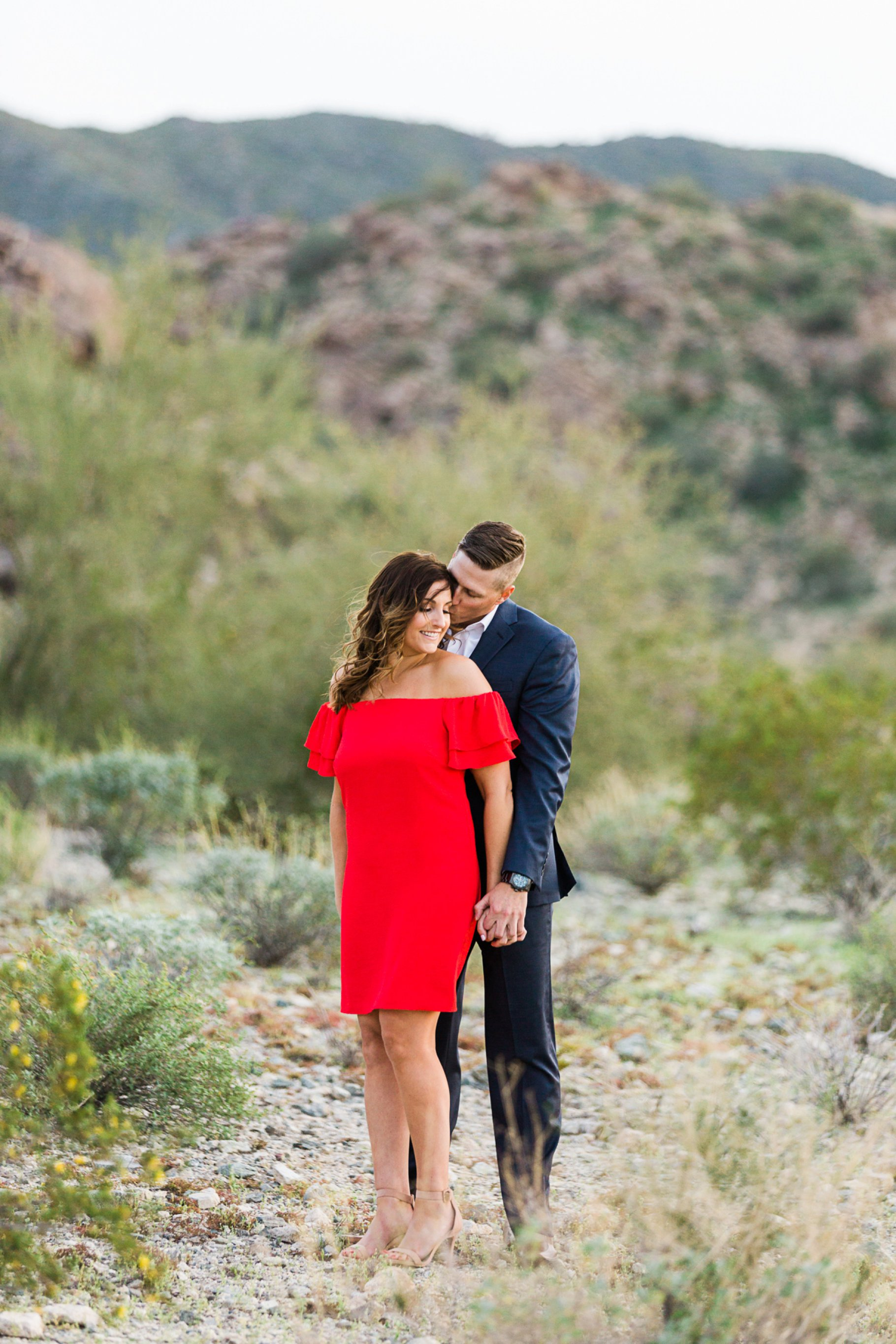 engagment-003_GRETCHEN WAKEMAN PHOTOGRAPHY.jpg