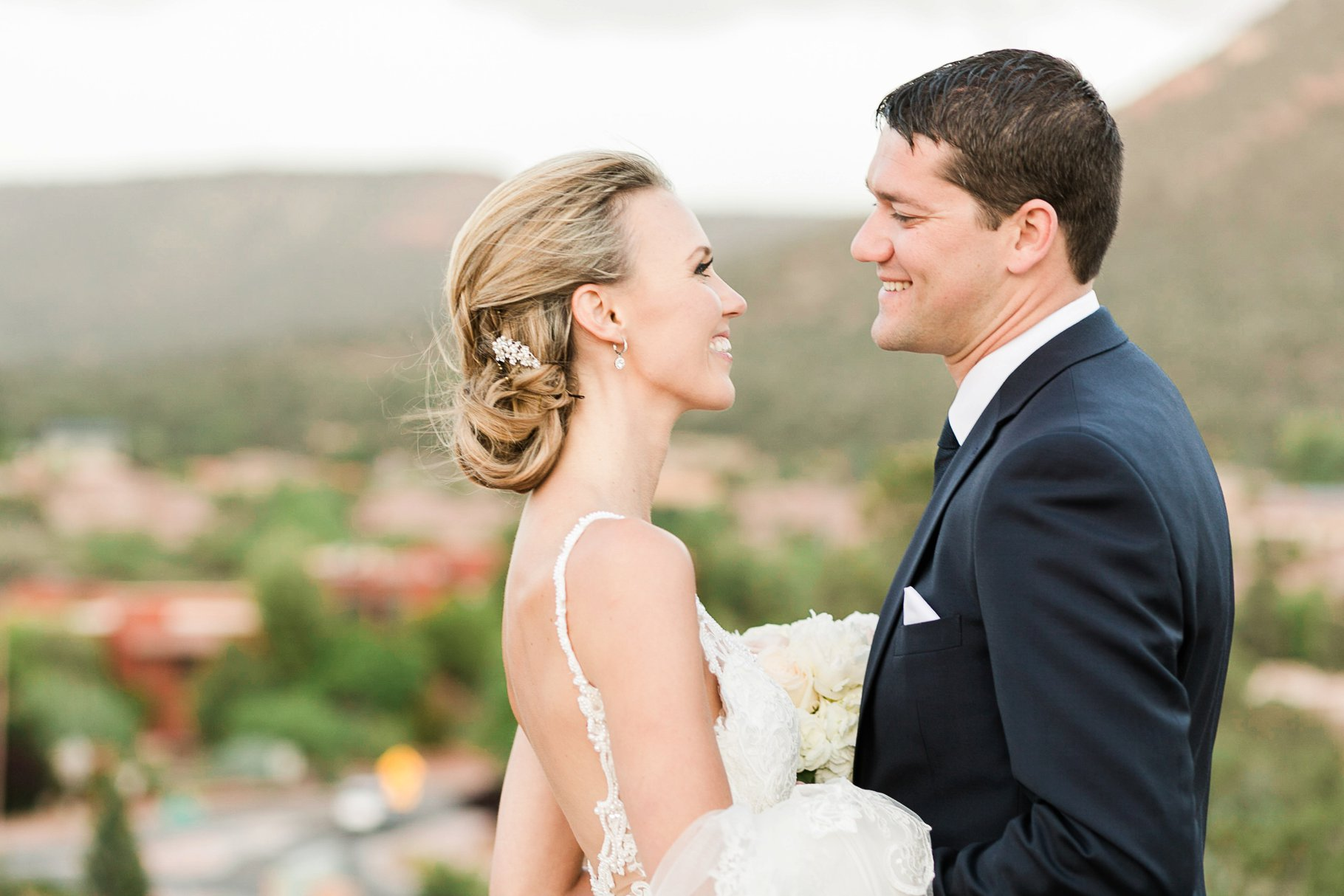 sedona wedding-120_GRETCHEN WAKEMAN PHOTOGRAPHY.jpg