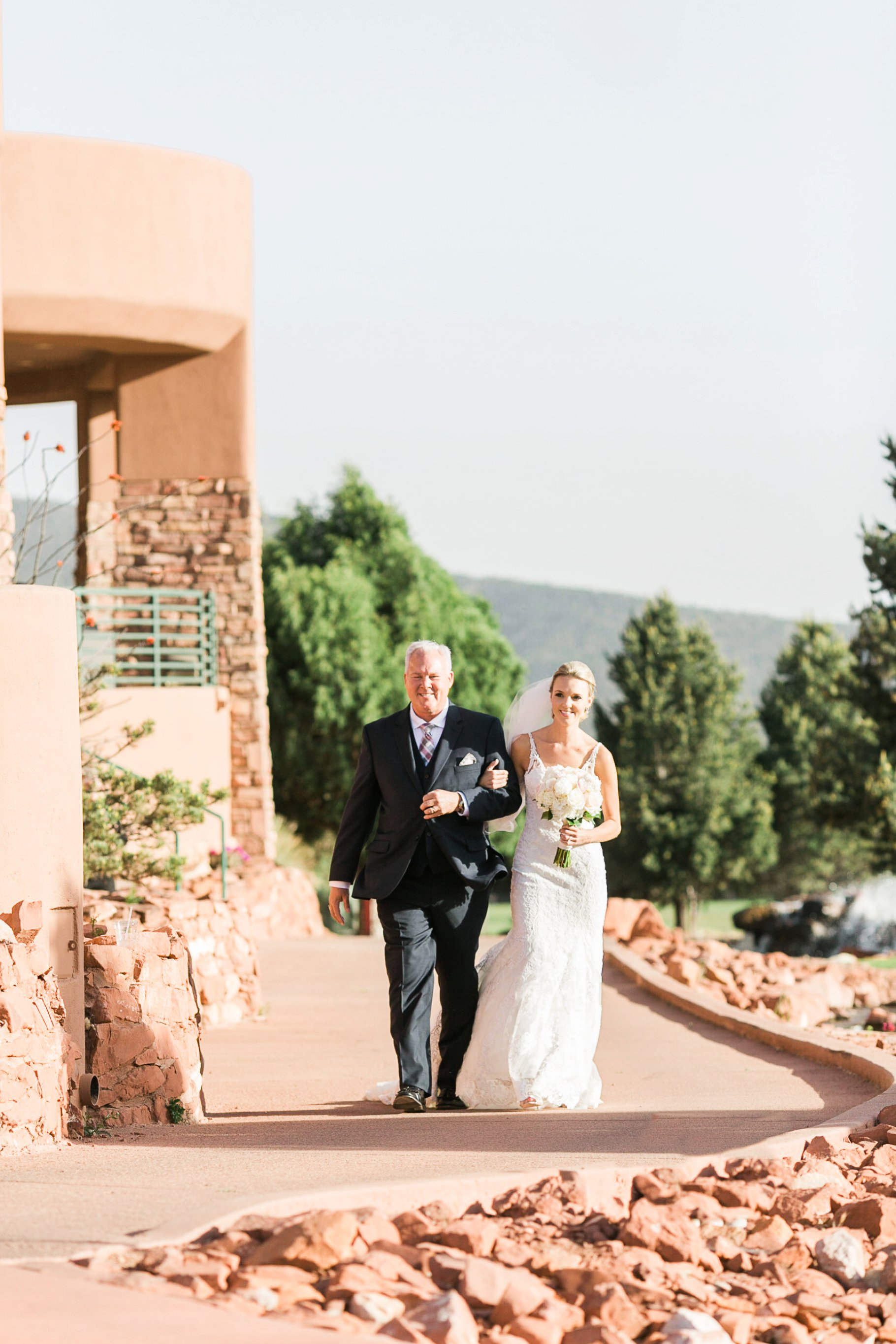 sedona wedding-63_GRETCHEN WAKEMAN PHOTOGRAPHY.jpg