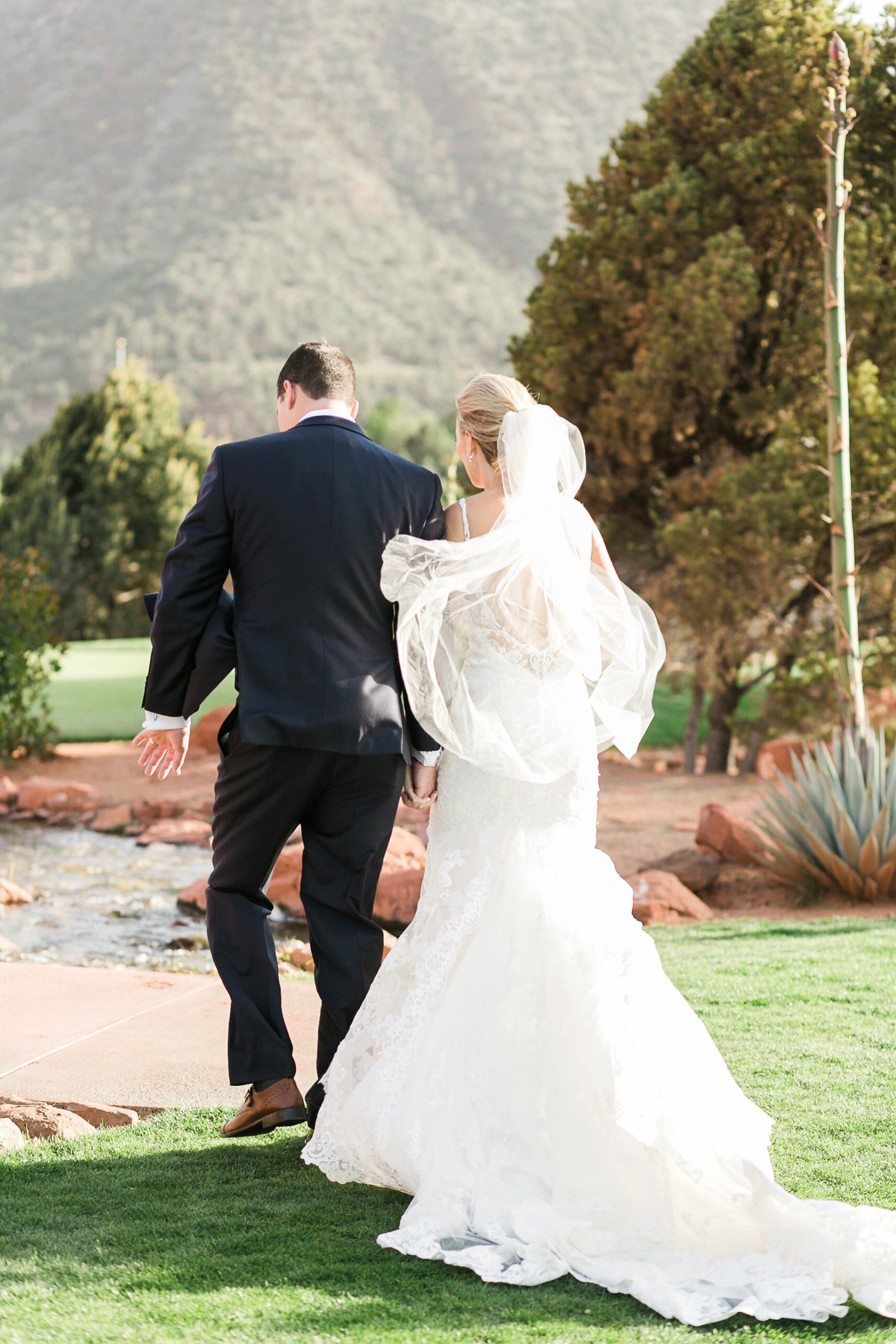 sedona wedding-88_GRETCHEN WAKEMAN PHOTOGRAPHY.jpg