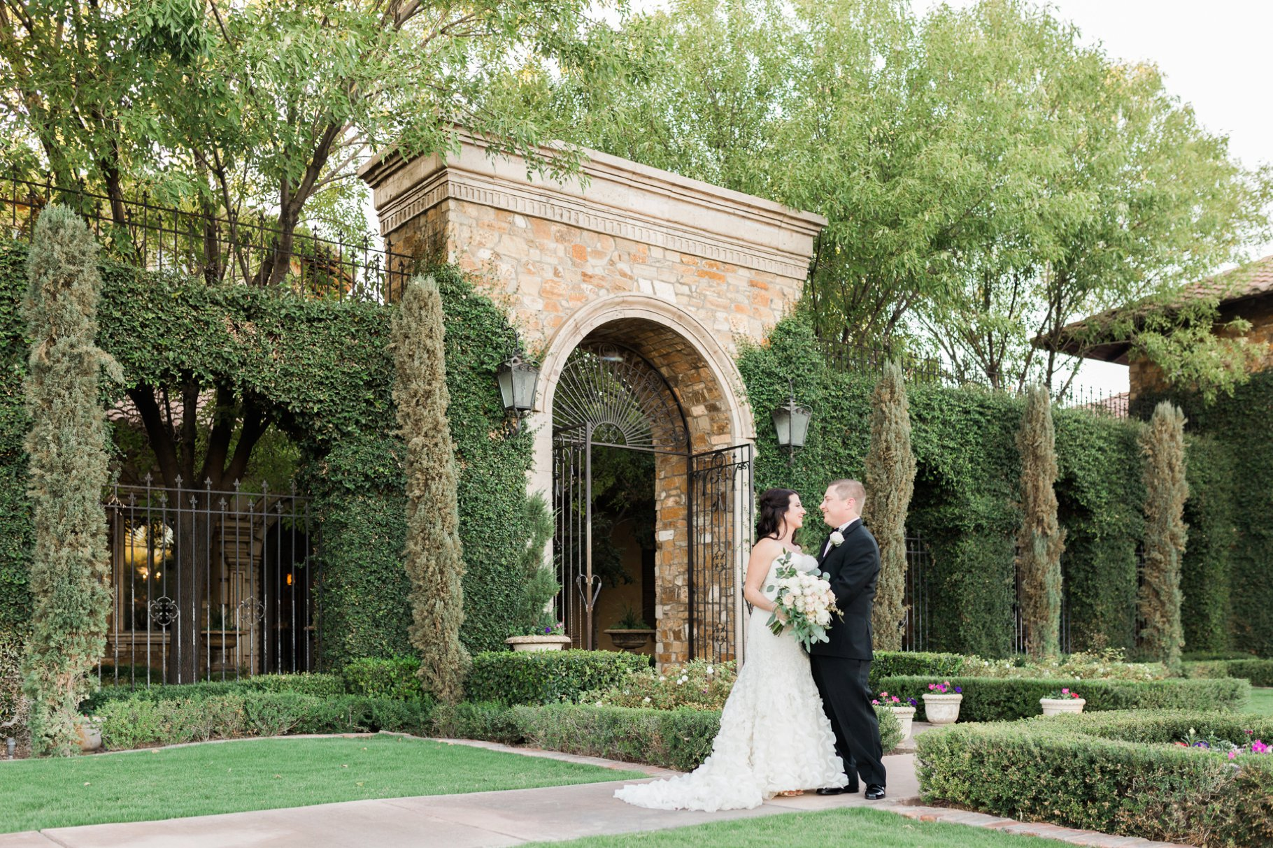 Bride and Groom in front of Villa Siena