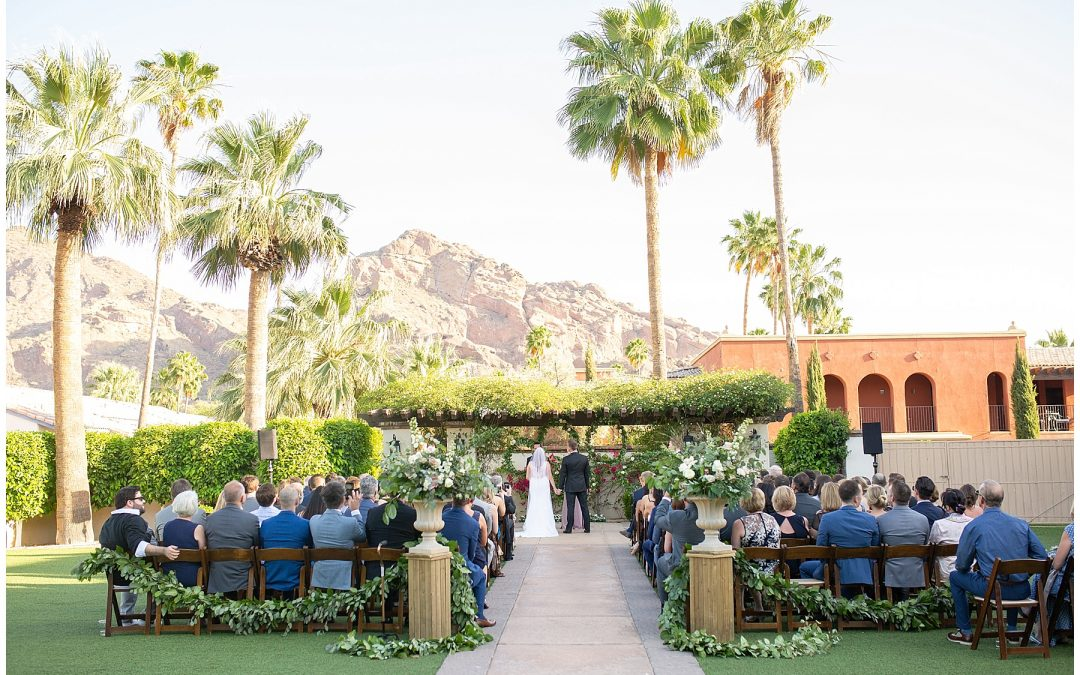 Elegant Spring Wedding at Montelucia Resort